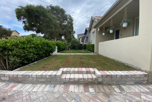 Reclaimed brick retaining walls in Concord