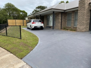New concrete driveway in Kings Langley