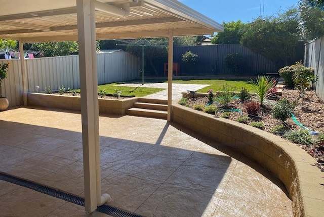 Retaining walls, garden beds and paved patio in Kings Langley