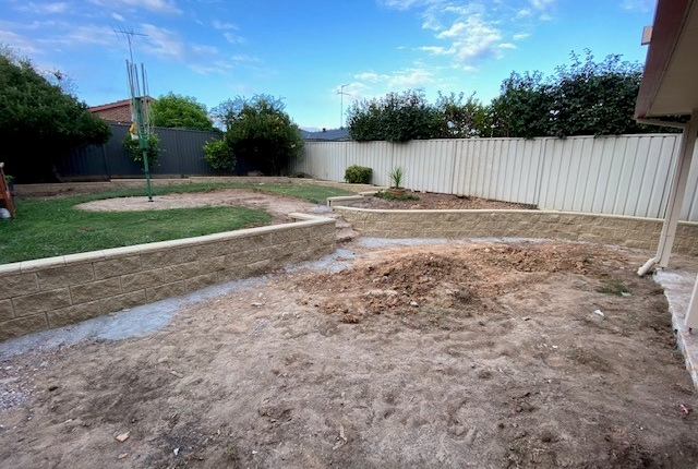 Sydney retaining wall construction and outdoor spaces